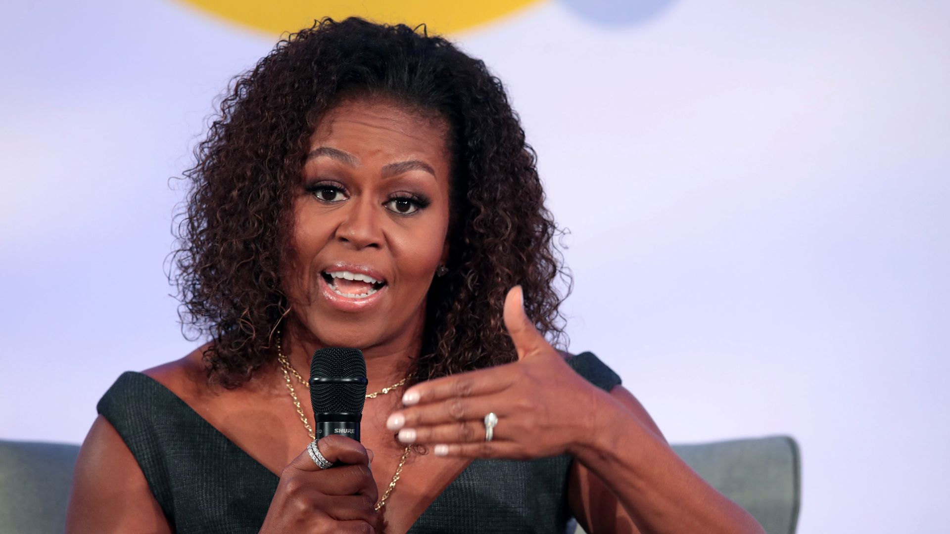 "Michelle Obama addresses ""white flight"" and discrimination in U.S."