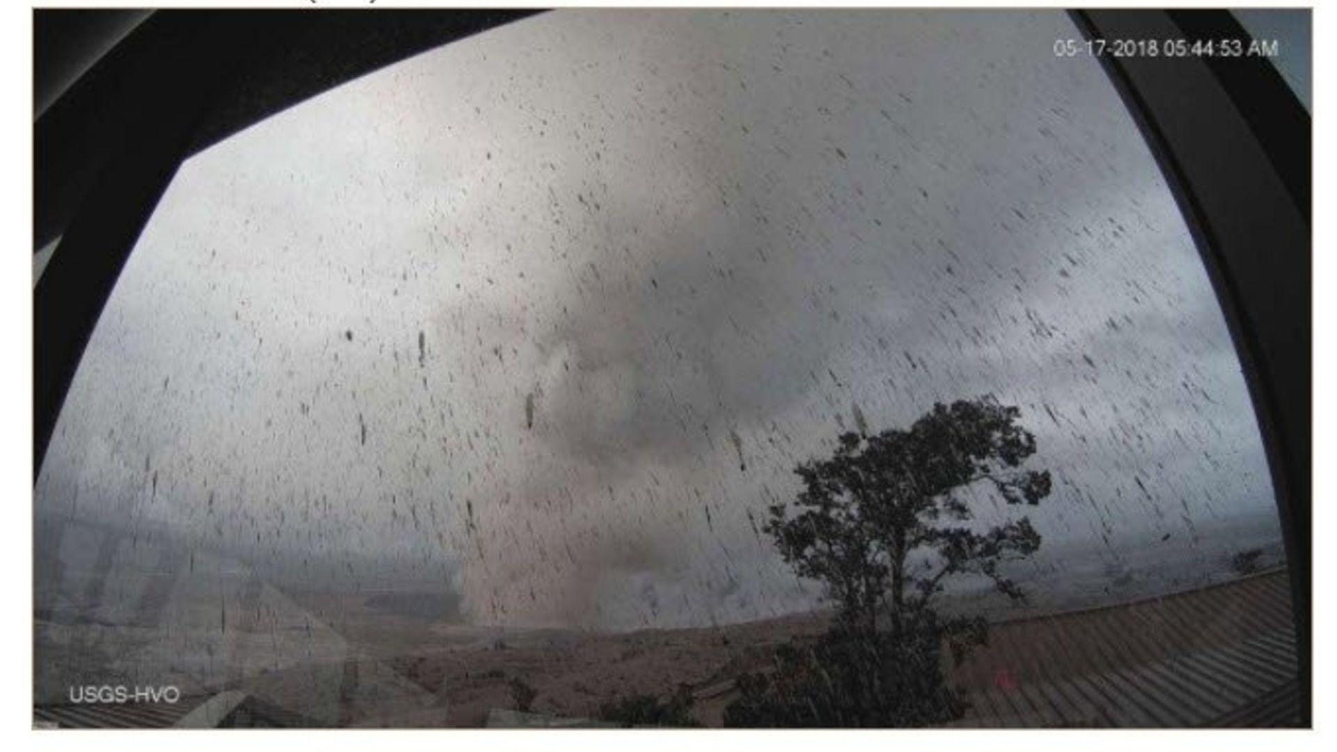 Kilauea's ash plume
