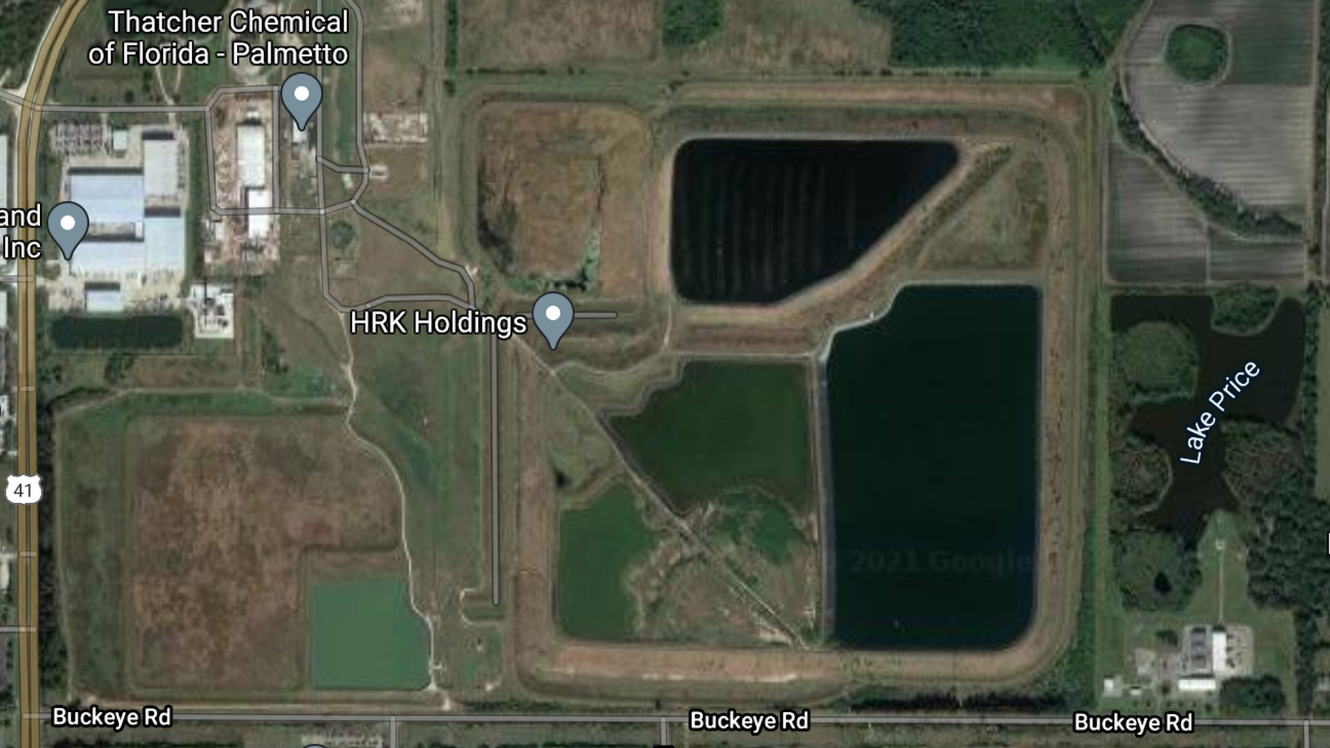 A satellite image of the holding ponds at Piney Point near Palmetto