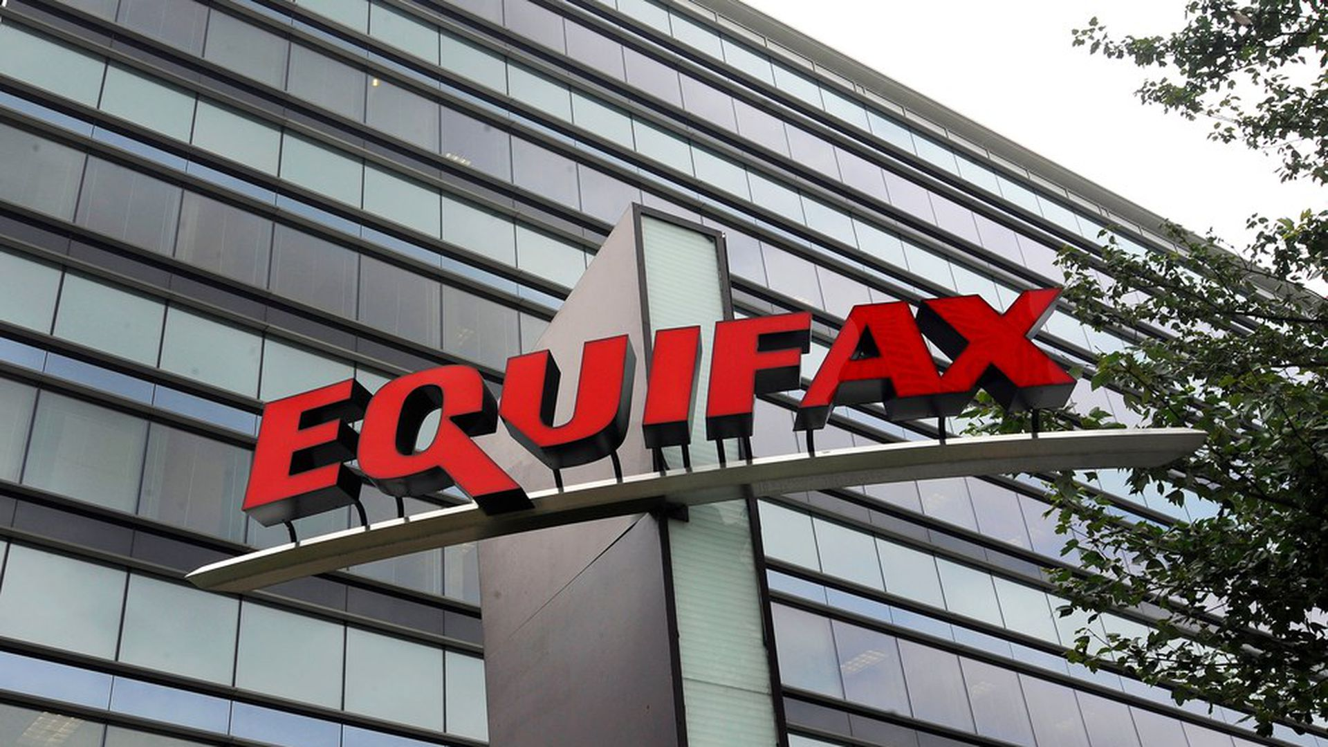 Equifax faces first lawsuit from a credit union