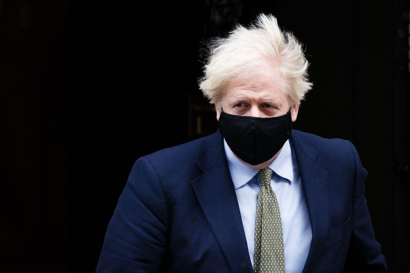 Boris Johnson says U.K. must prepare for no-deal Brexit thumbnail