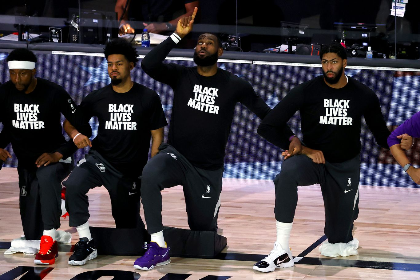 """""""We could care less"""": LeBron James responds to Trump's vow to stop watching NBA over protests thumbnail"""