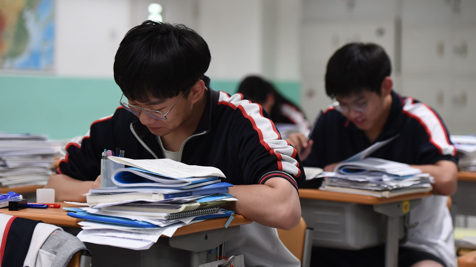 Survey: Chinese students outperforming in reading, math and science