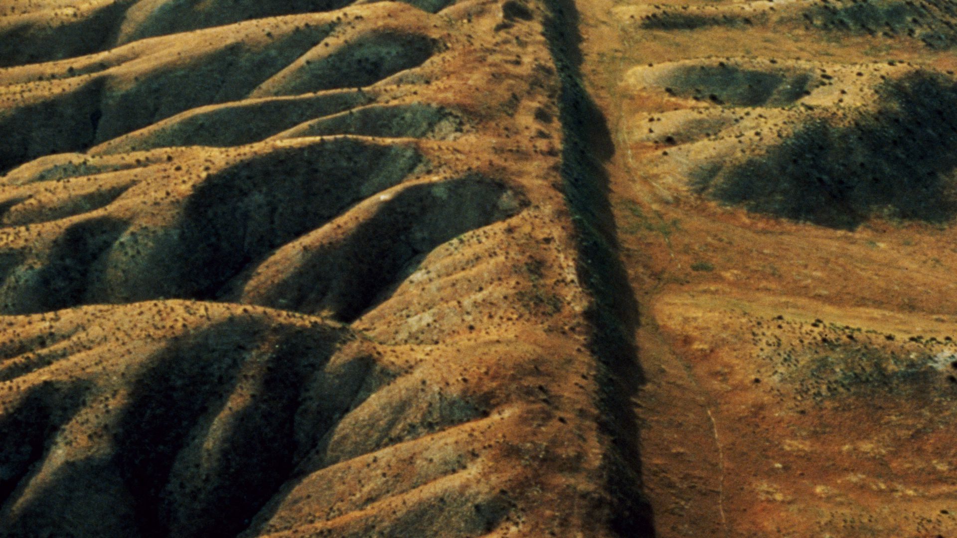 A photo of the San Andreas fault.