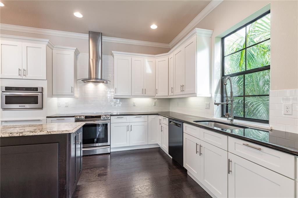 224 S. Audubon Ave.  kitchen