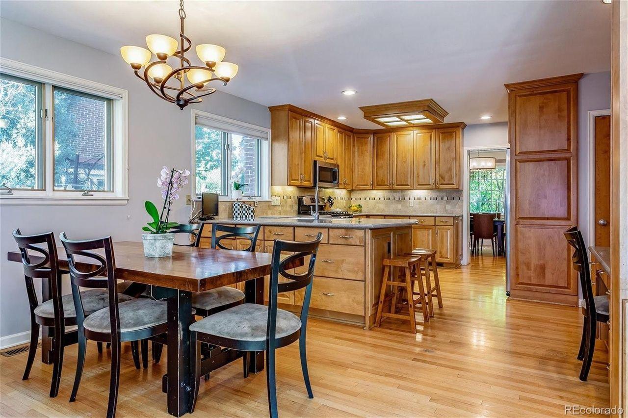 123 Dahlia St. kitchen
