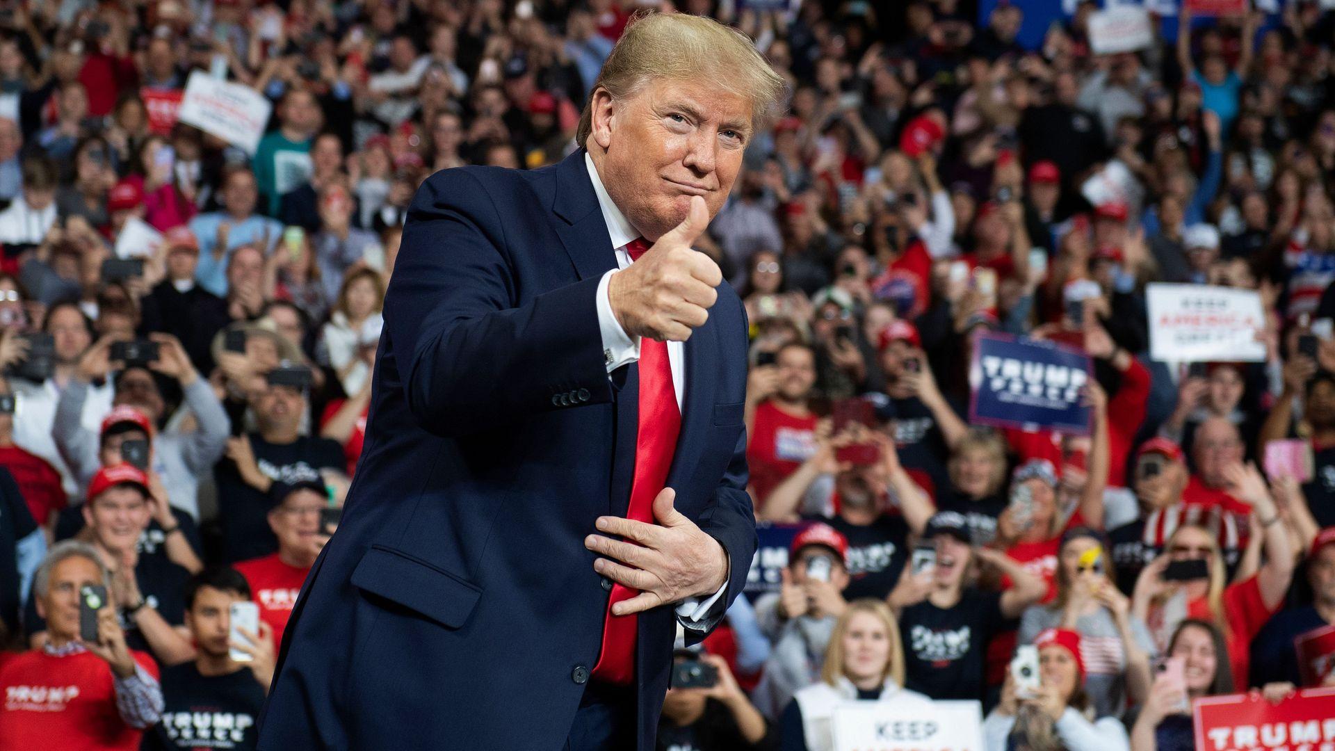 Poll: Confidence in economy boosts Trump's re-election prospects despite his unpopularity