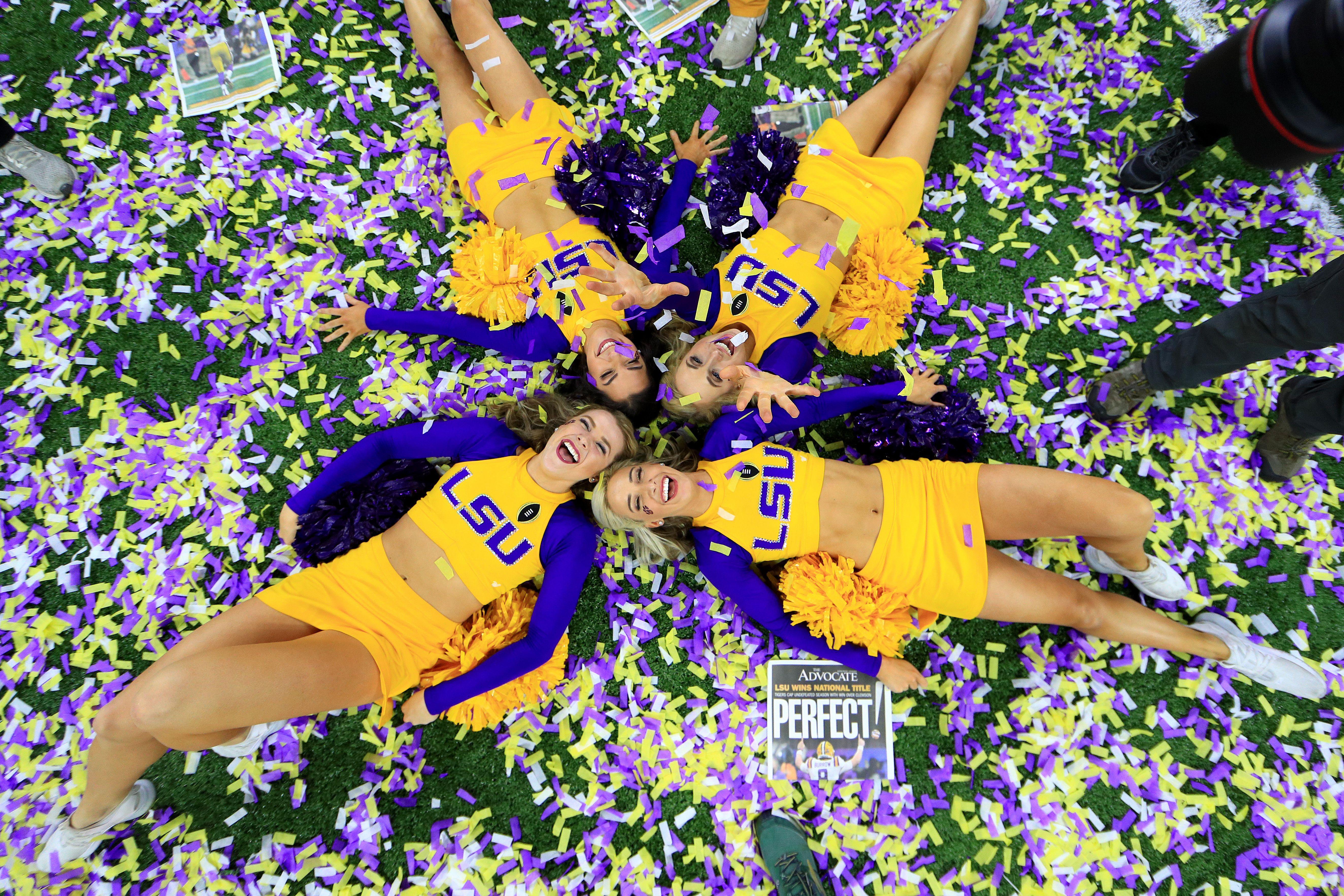 LSU cheerleaders