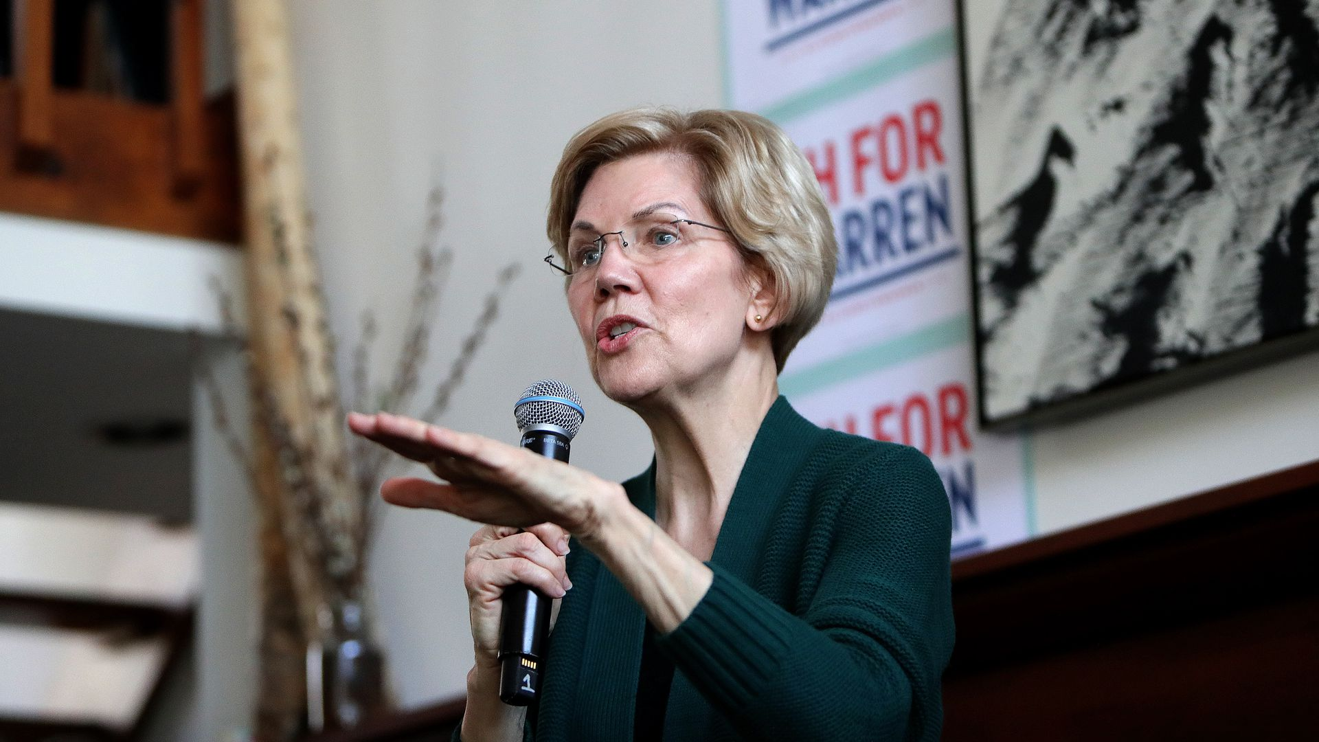 Elizabeth Warren supports the elimination of the electoral college.