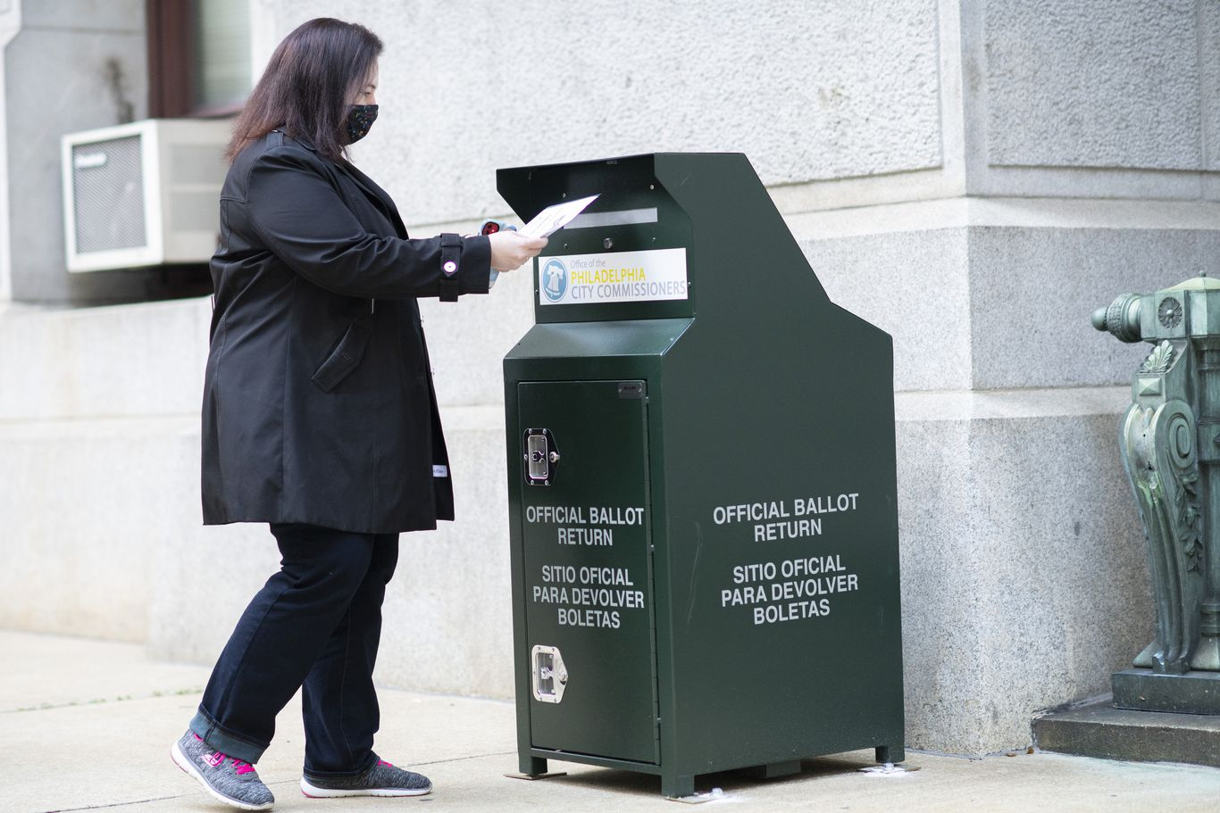 Pennsylvania Supreme Court rules mail-in ballots can't be rejected for mismatched signatures
