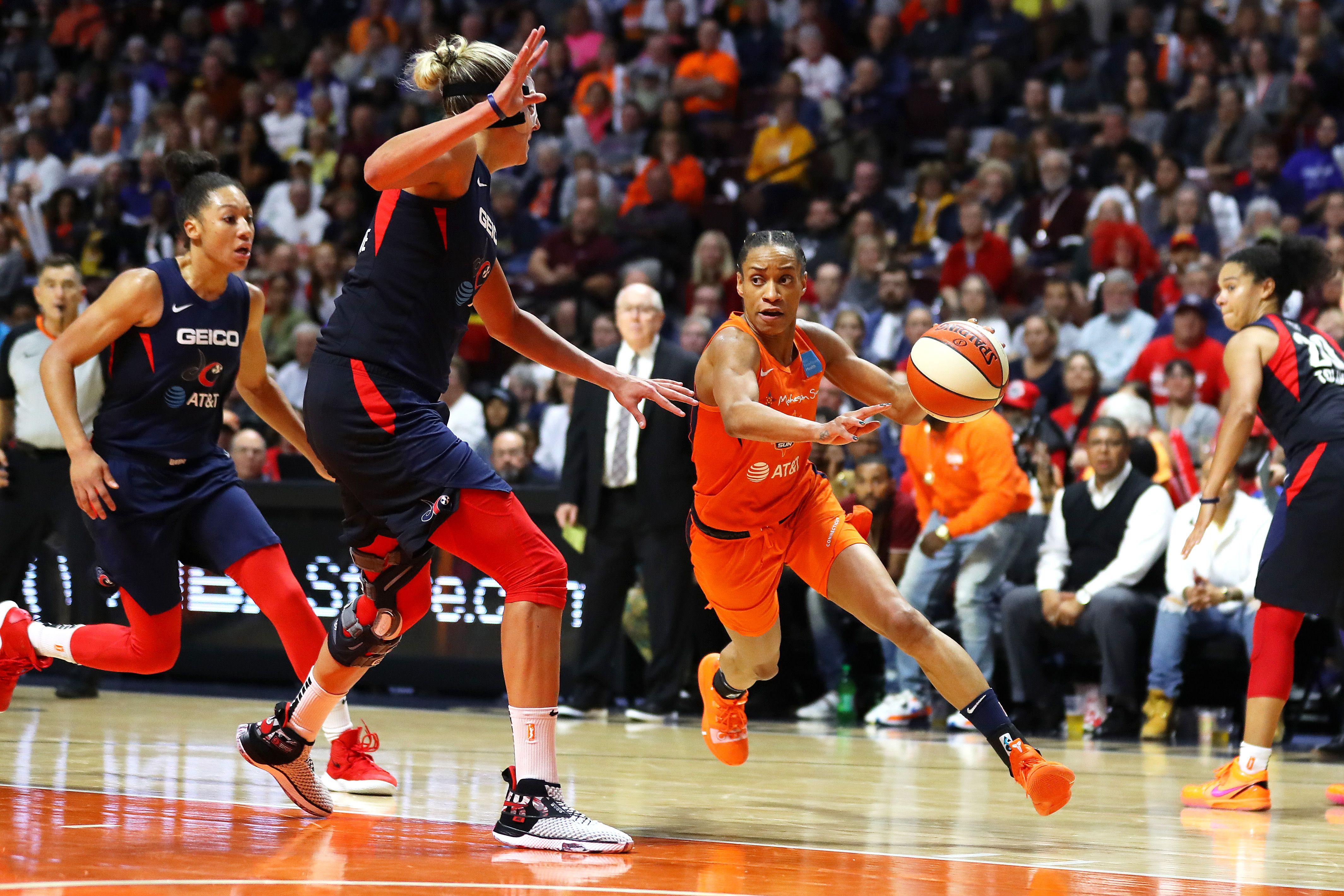 Coronavirus causes delay in WNBA season and training camps
