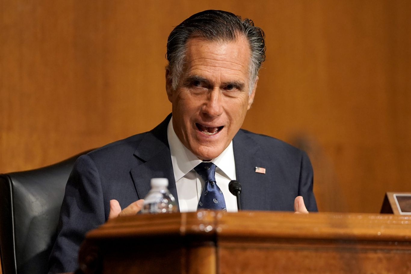 Mitt Romney says he'll support moving forward with Supreme Court pick thumbnail
