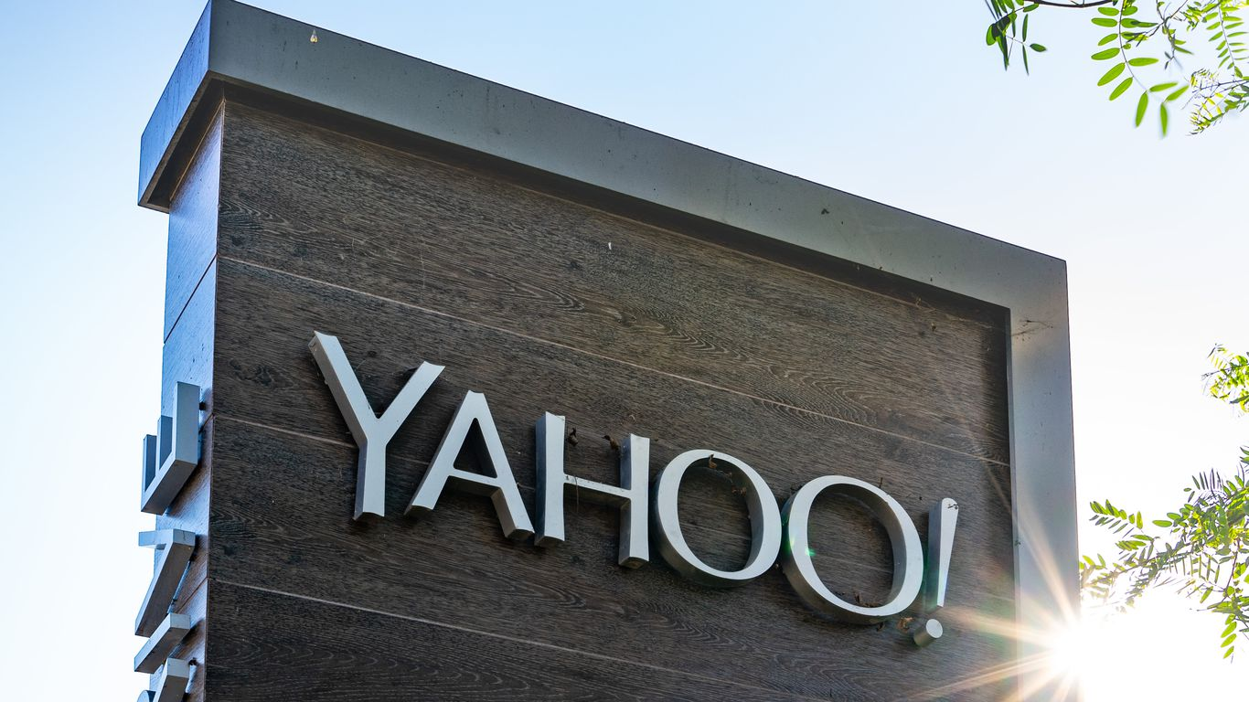 Verizon sells Yahoo and AOL to private equity firm for $5 billion