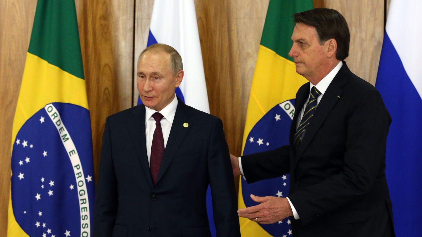Bolsonaro, Putin among dozens of leaders set to attend White House climate summit thumbnail
