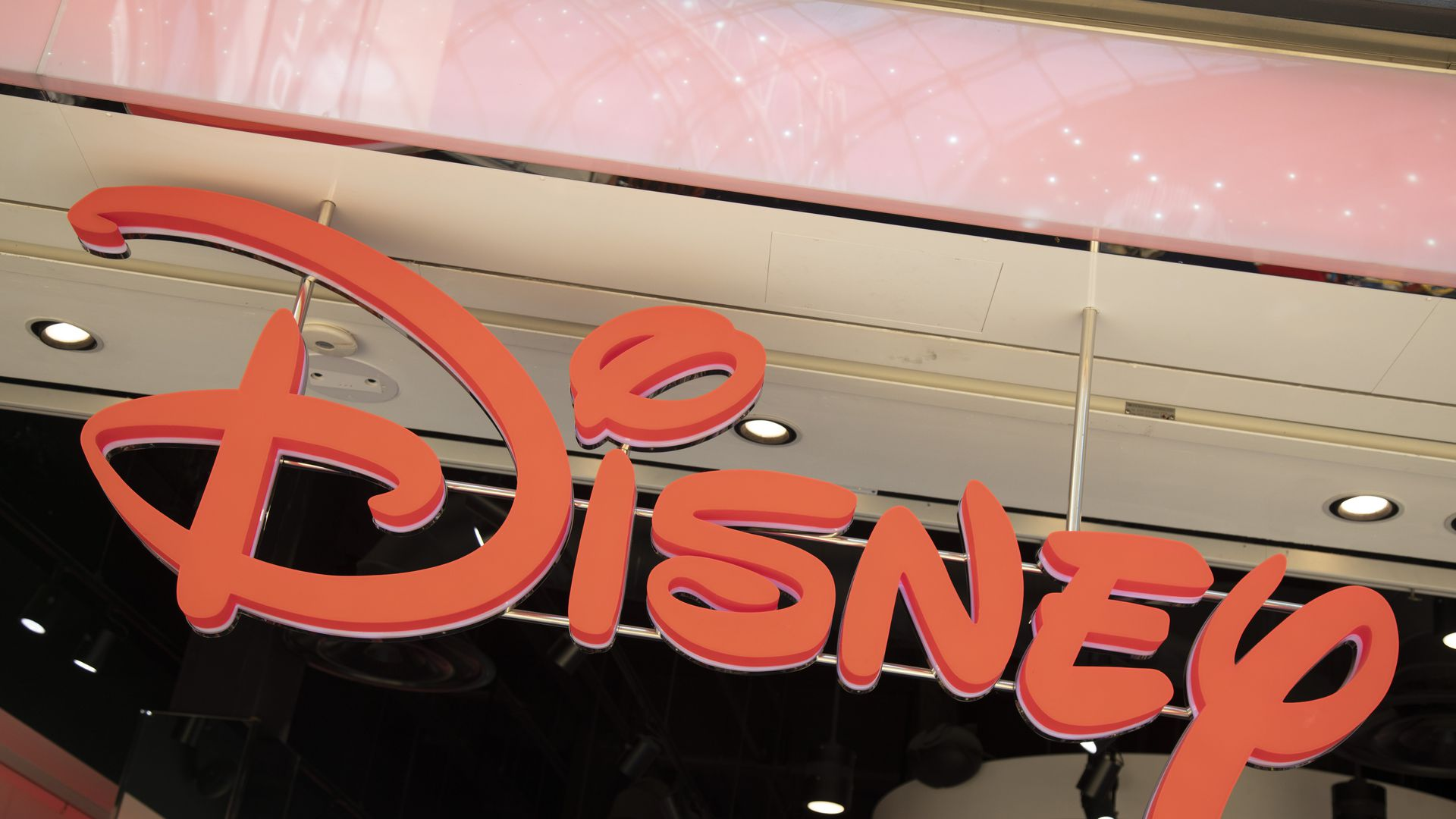 """Disney discontinues its """"vault,"""" in anticipation of new streaming service"""