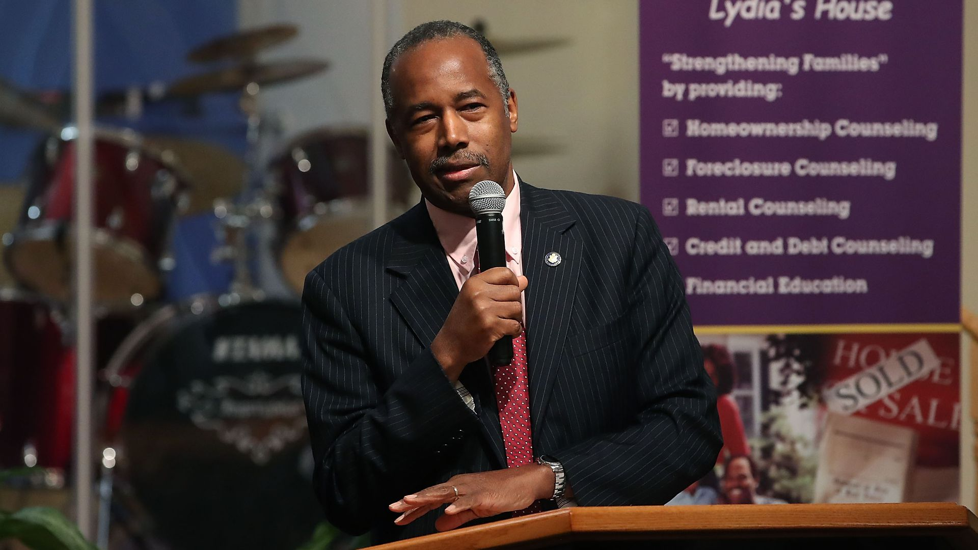 "Carson: Opportunity Zones would help the poor get ""out of the programs and self-sufficient"""